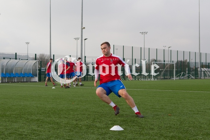 B20-12-11-20-Ards-FC-training