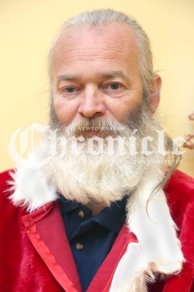 J17-13_12_18 beard shave