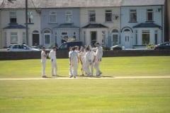 748faa19-n19-16-5-19-dee-cricket-celebrate
