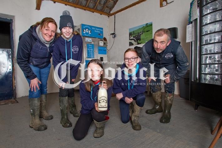 B68-17-12-20-Rockhouse-farm-milk