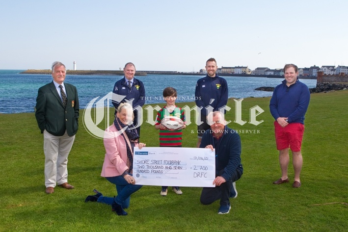 B5-22-4-21-Dee-rugby-cheque