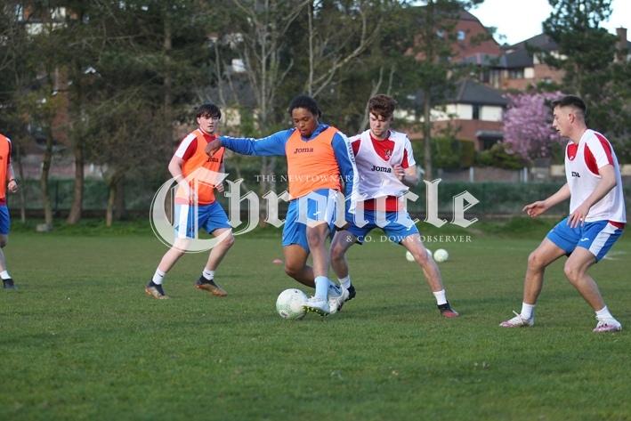 B68-22-4-21-Ards-FC-training