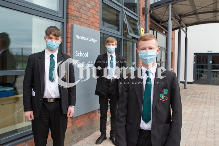 B33-25-3-21-Nendrum-College-back-to-sch