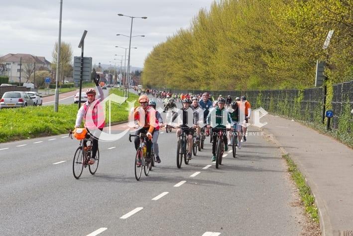 4668ac2c-b39-4-4-19ddonald-high-cyclist