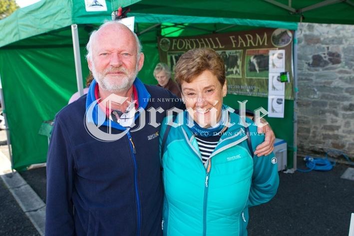 B25-8-10-20-Comber-farmers-market