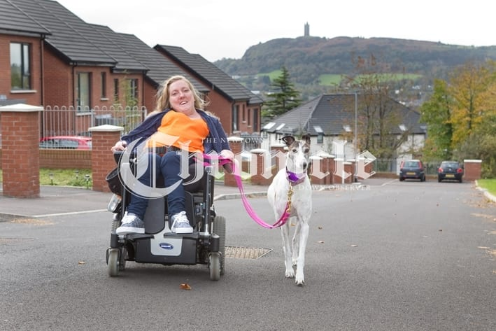 B40 -25-10-18 Suzanne Glover+dog walk